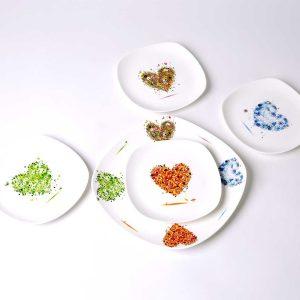 cuatro platos merienda presentacion corazones