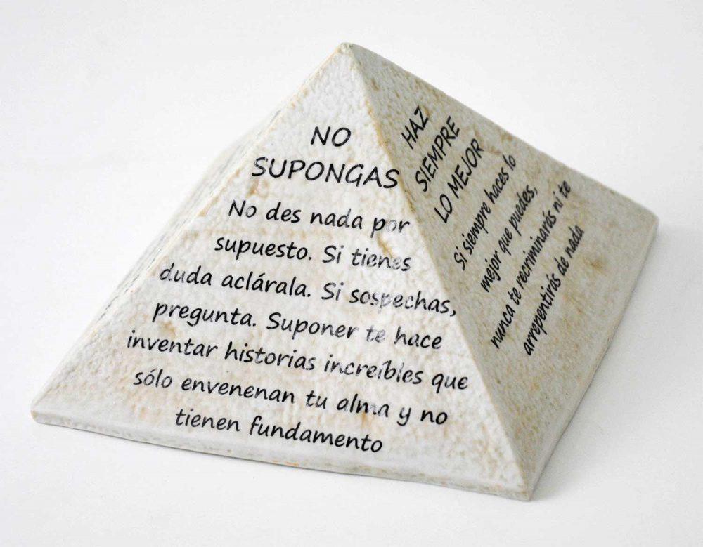 piramide porcelana frase1